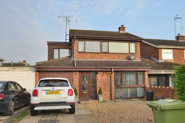Thumbnail Link-detached house to rent in Frensham Drive, Bletchley, Milton Keynes