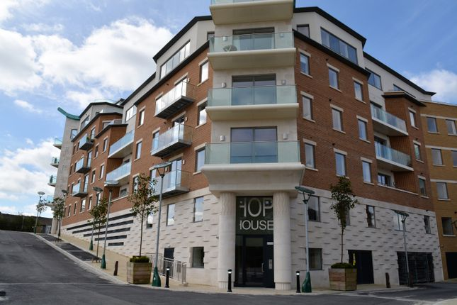 Thumbnail Flat for sale in Hop House, Brewery Square, Dorchester