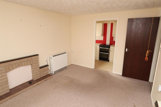 Lounge2 of Ladywell Close, Stretton, Burton-On-Trent DE13