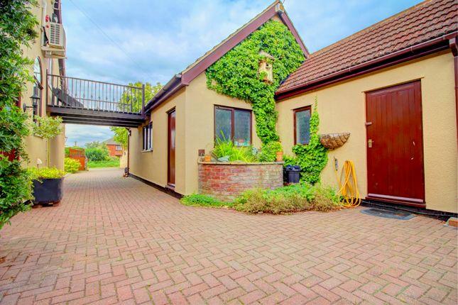 Thumbnail Detached house for sale in Wood Lane, Beckingham, Doncaster