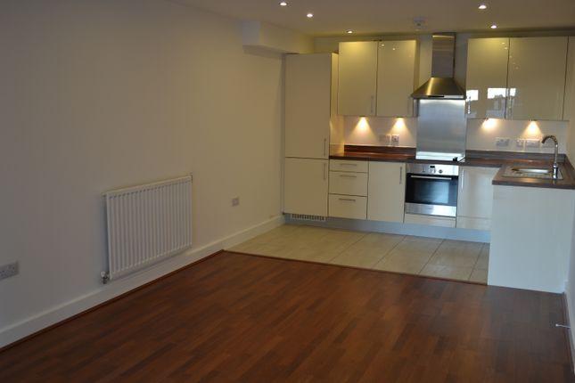Thumbnail Flat to rent in John Thornycroft Road, Centenary Quay, Woolston, Southampton, Hampshire