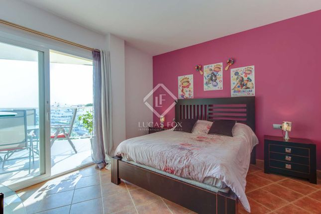 Apartment for sale in Spain, Ibiza, Santa Eulalia, Ibz21035