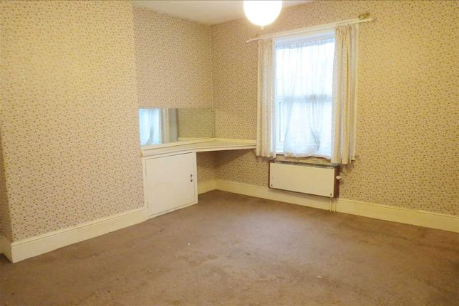 Bedroom 1: of The Drove, Sleaford NG34