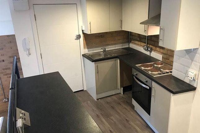 Thumbnail Flat to rent in George Street, Kidderminster