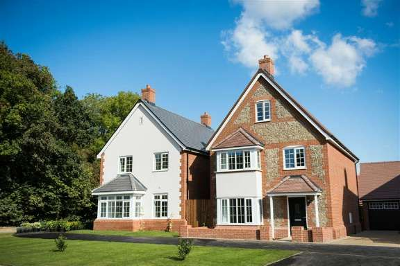 Thumbnail Property for sale in Berkhamsted, Hertfordshire