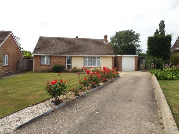 Thumbnail Bungalow for sale in Priory Farm Road, Hatfield Peverel, Chelmsford