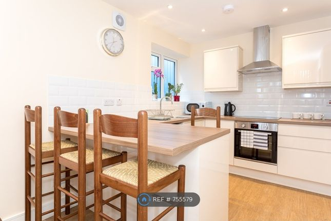Thumbnail Flat to rent in Abbey House, Horsham