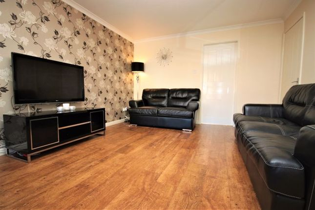 Living Room of Kersehill Crescent, Falkirk FK2