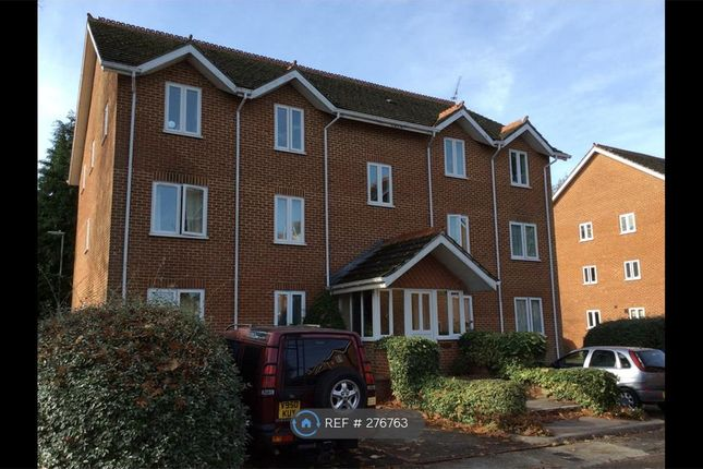 Thumbnail Flat to rent in Thornfield Green, Camberley