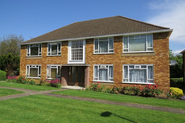 1 bed flat to rent in Fairfield Close, North Finchley