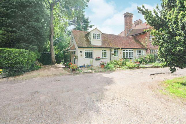Thumbnail Bungalow for sale in Flaunden Lane, Bovingdon, Hemel Hempstead