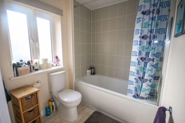 Bathroom of Peploe Way, Bridgwater TA6