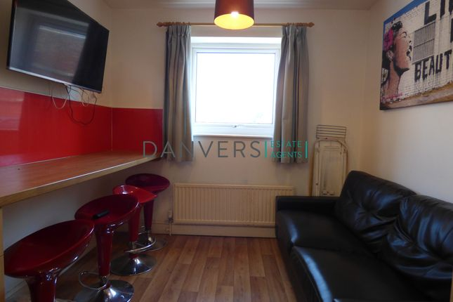 Thumbnail Flat to rent in Imperial Avenue, Leicester