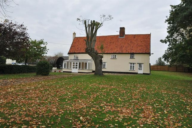 Thumbnail Detached house to rent in Short Green, Winfarthing, Diss