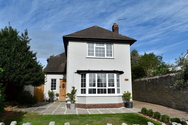 Thumbnail Detached house for sale in Middleway, Taunton