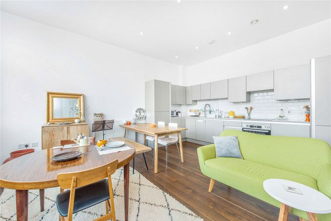Thumbnail Flat to rent in Hardy Court, 2 Charles Street, London