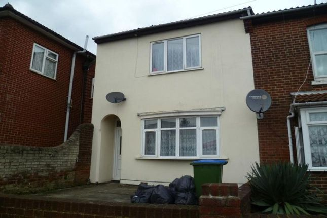 Thumbnail Property to rent in Lodge Road, Southampton
