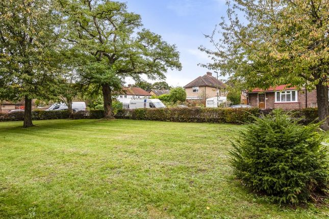 Thumbnail Bungalow for sale in Staines Upon Thames, Spelthorne
