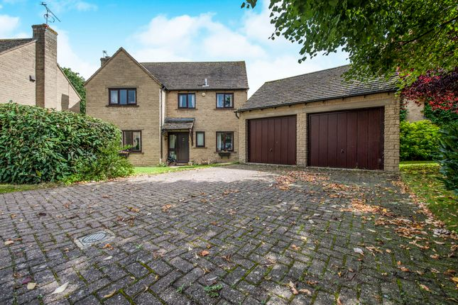Thumbnail Detached house for sale in Crabtree Park, Fairford