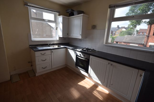 Thumbnail Flat to rent in Frederick Avenue, Penkhull, Stoke-On-Trent