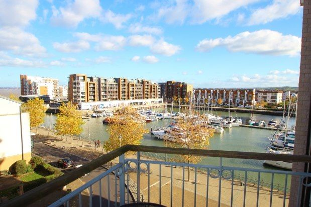 Thumbnail Flat to rent in Waters Edge, Bristol