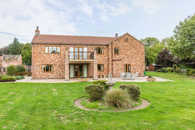 Thumbnail Detached house for sale in Tetley, Crowle, Scunthorpe