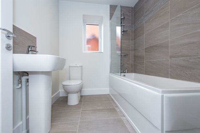 Family Bathroom of Broughton Road, Croft, Leicester LE9