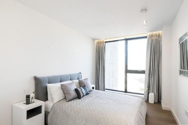 Bedroom 1 of Handyside Street, London N1C