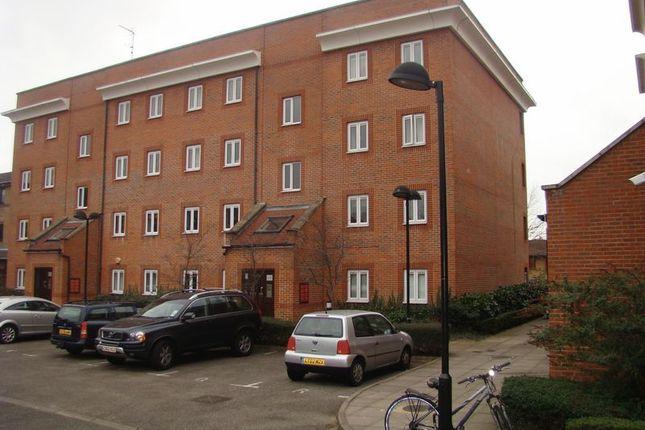 Thumbnail Flat to rent in Nursery Lane, London
