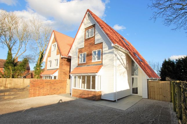Thumbnail Detached house for sale in Canterbury Road, Densole