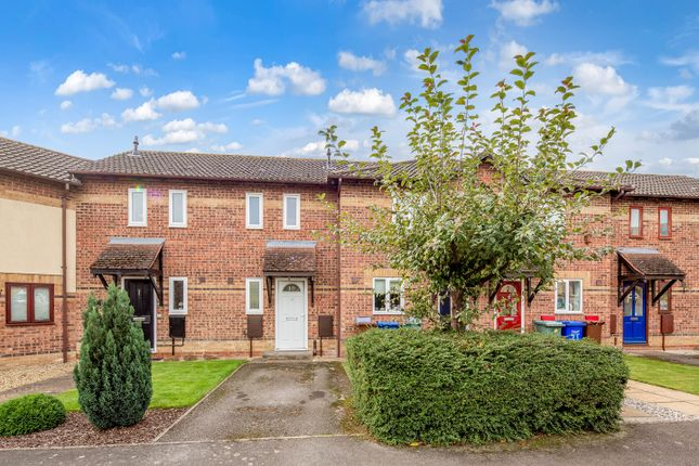 Thumbnail Terraced house for sale in Heather Road, Bicester