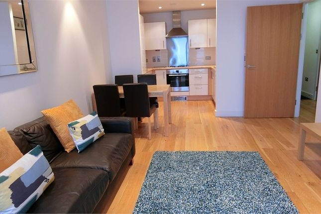 1 bed flat to rent in Bute Terrace, Cardiff, South Glamorgan