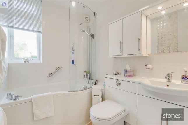 7_Bathroom-0 of Boreham Holt, Elstree, Borehamwood WD6