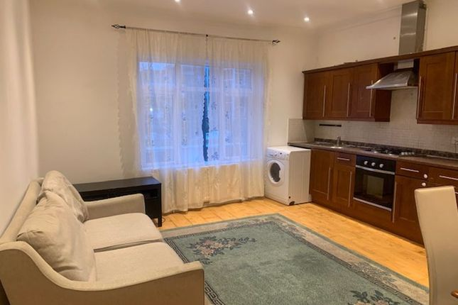 Property to rent in Market Terrace, Albany Road, Brentford