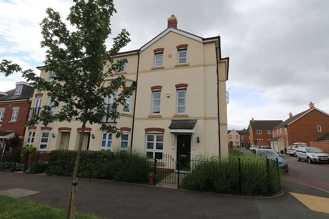 Thumbnail Town house to rent in Hill View Road, Malvern, Worcestershire
