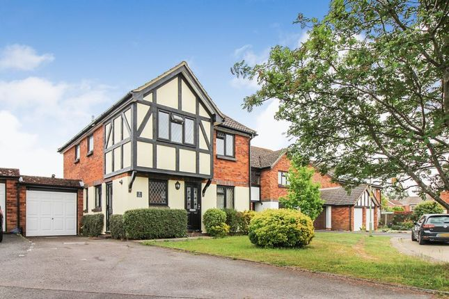 Thumbnail Detached house to rent in Gray Close, Warsash, Southampton