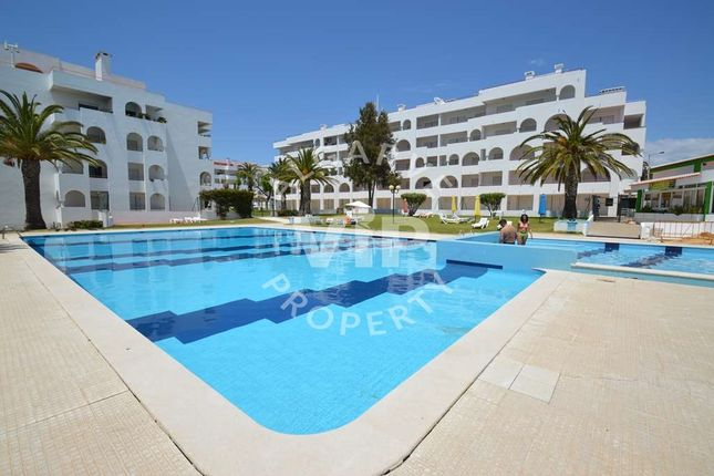 2 bed apartment for sale in Alporchinhos, Porches, Lagoa Algarve