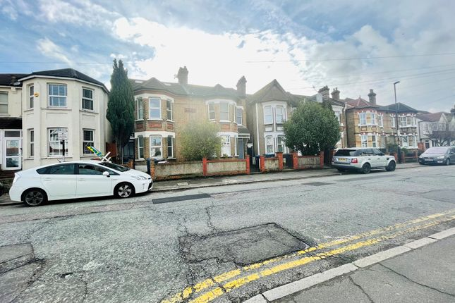 Thumbnail Terraced house to rent in Waddon Road, Croydon