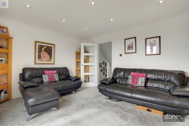 6_Reception-2 of Tallis Way, Borehamwood WD6