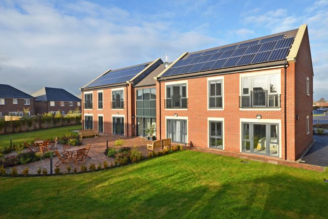 Thumbnail Flat for sale in Clifton View Apartments, York