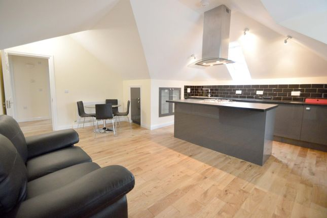 Thumbnail Flat to rent in Palmerston Road, Bowes Park