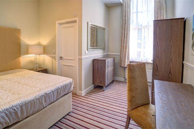 Thumbnail Property to rent in Oxford Road, Tilehurst, Reading, Berkshire