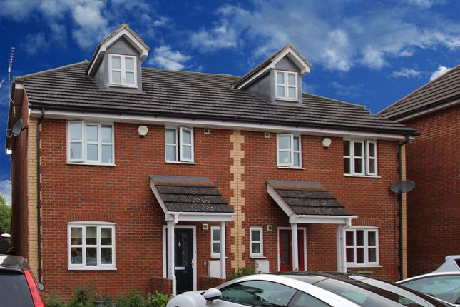 Thumbnail Terraced house to rent in Walden Croft, Simpson