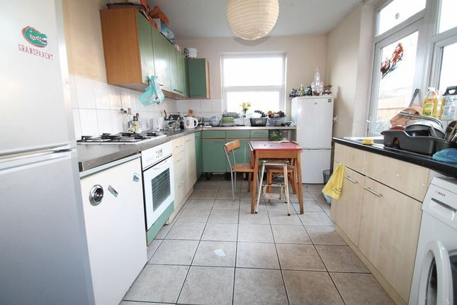 Thumbnail Room to rent in Hows Close, Cowley, Uxbridge