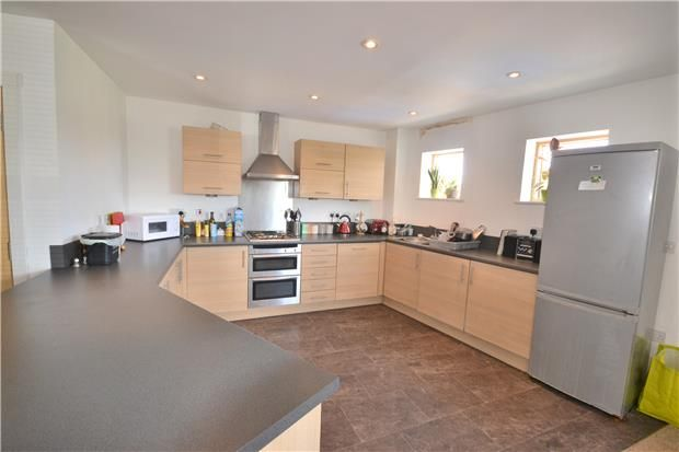 Thumbnail Flat to rent in St Martins Court, Midford Road, Bath