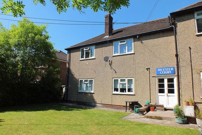 Thumbnail Flat to rent in Bicester Court, Kidlington
