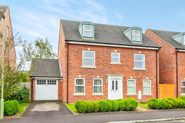 Thumbnail Detached house for sale in Kirby Drive, Bramley, Tadley