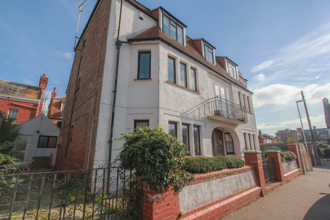 Thumbnail Flat to rent in Heene Place, Worthing