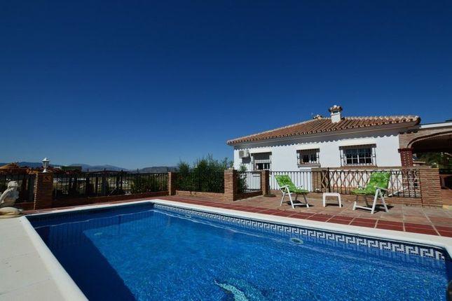 5 bed villa for sale in 29100 Coín, Málaga, Spain