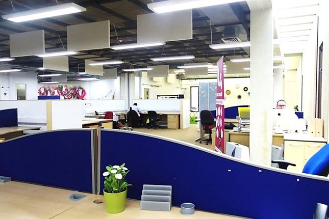 Business park to let in Homedesks @ The Hive, Victoria Avenue, Southend-On-Sea, Essex